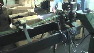 PLASTIC ZIPPER INJECTION MOULDING MACHINE.MPG