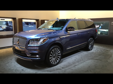 2018 Lincoln Navigator FIRST DESIGN REVIEW - LIVE from #NYAutoShow