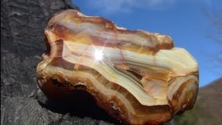 Civilizing an Agate