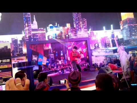 Velasco Brothers - Acrobatic Performance   (Part 1)