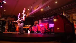 Akrobatik-Zigarrenbox-Jongalage - presented by Sugar Office