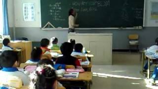 Учат китайских детей материться на русском языке