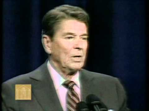 Ronald Reagan-Debate with Walter Mondale (Defense and Foreign Policy) (October 21 1984)