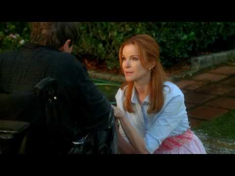 "Desperate Housewives 6x13 ""How About a Friendly Shrink"" : Bree gives Orson a bath [HD]"