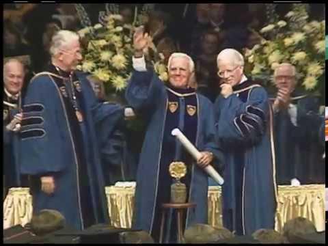 e0d1b0682a9 Former Notre Dame coach Ara Parseghian dies at age 94 | News | Notre Dame  News | University of Notre Dame