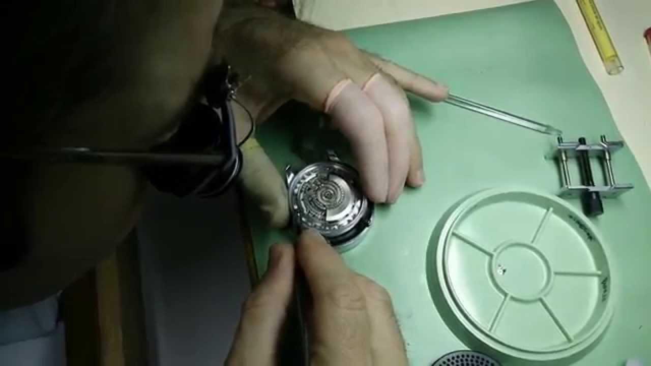 Del Dial Un Montaje De Reloj Spaniard wn0y8mOvNP