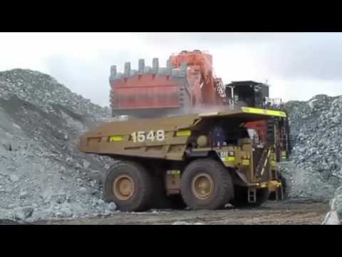 world's biggest construction equipment, the biggest heavy equipment in the world, biggest