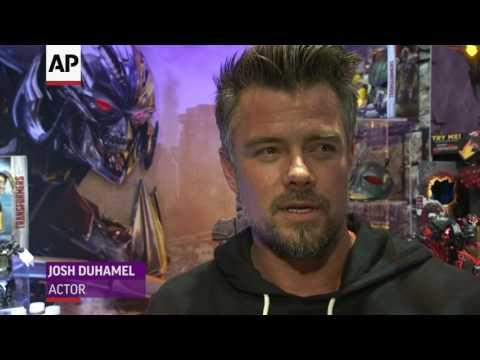 Josh Duhamel teases 'Transformers: The Last Knight'