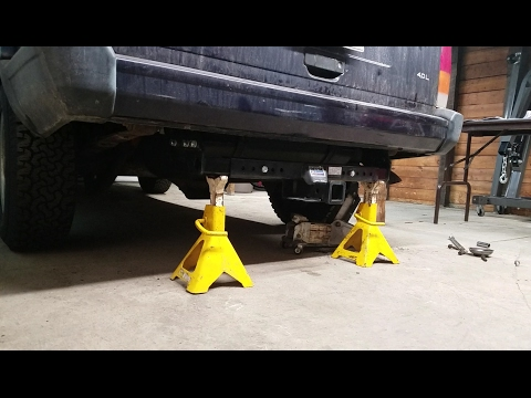 Overveiw of and Installing a Reese Universal Receiver Hitch on a 1999 Jeep Cherokee
