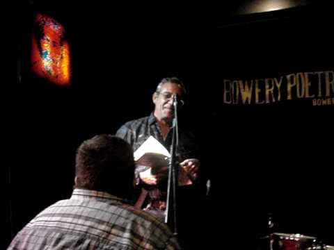 Mike Watt Reads History Lesson Pt. II in NYC 7/25/09
