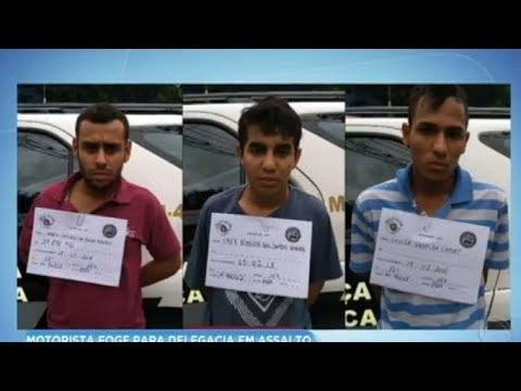 Motorista desvia de rota e leva criminosos para delegacia durante assalto