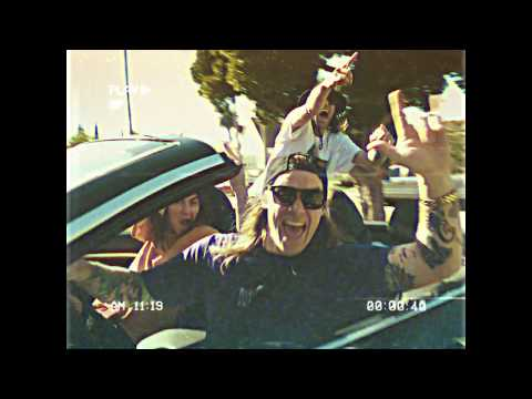 Смотреть клип Dune Rats - Stupid Is As Stupid Does Feat. K.Flay