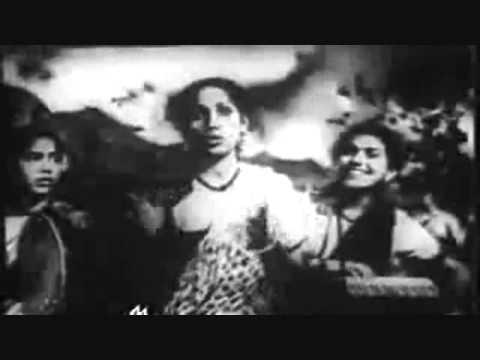 chup chup khade ho jaroor koi baat haiLataPremlataQ J HusnlalBhagatrama tribute