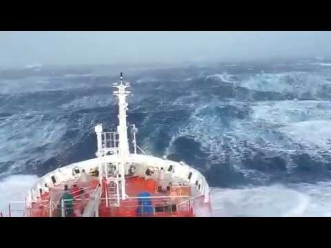 Indian ocean Footage (MH370 Search & Rescue Team)