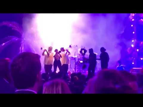 Cardi B - I Like It (American Music Awards Performance)