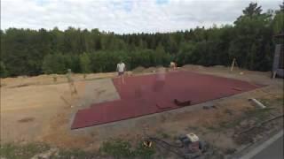 видео Резиновое покрытие для игровых площадок
