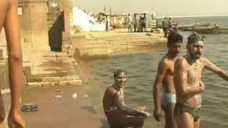 Repeat youtube video Morning Shower II Varanasi