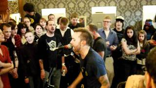 "Rise Against performing ""Re-Education (Through Labor)"" at Kansas City Kitty"
