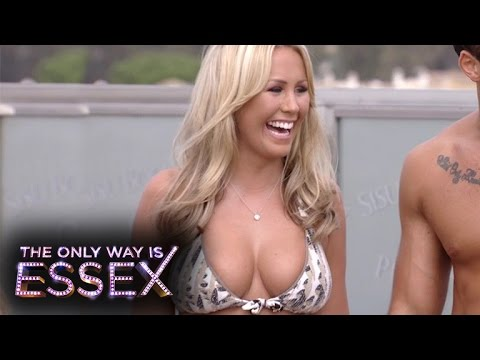 Kate Wright Busts On To The   The Only Way Is Essex