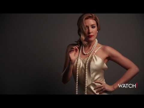 Salvation Star Jennifer Finnigan Goes 50s Glam