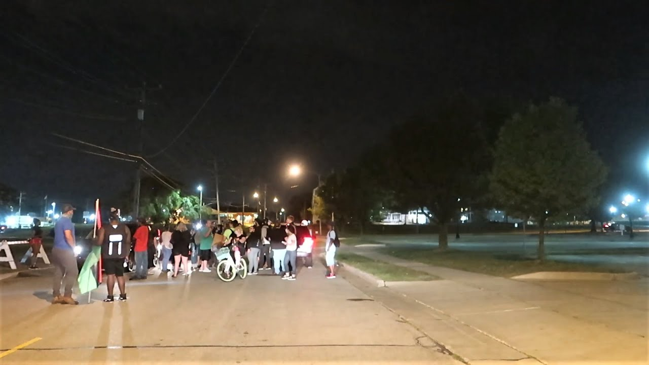 KENOSHA WISCONSIN LATE NIGHT PROTESTS / RIOT AREAS