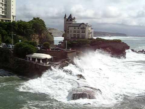 Biarritz - Drowning restaurant