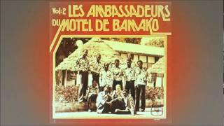 Les Ambassadeurs du Motel de Bamako - Tiecolomba