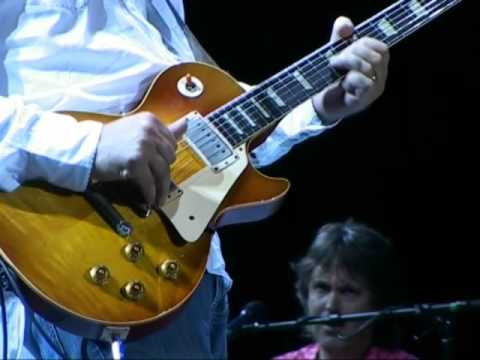 "Mark Knopfler & Emmylou Harris ""Speedway at Nazareth"" 2006 Barcelona"
