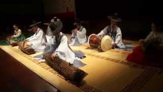 Video Exciting Korean Traditional Music download MP3, 3GP, MP4, WEBM, AVI, FLV Agustus 2017