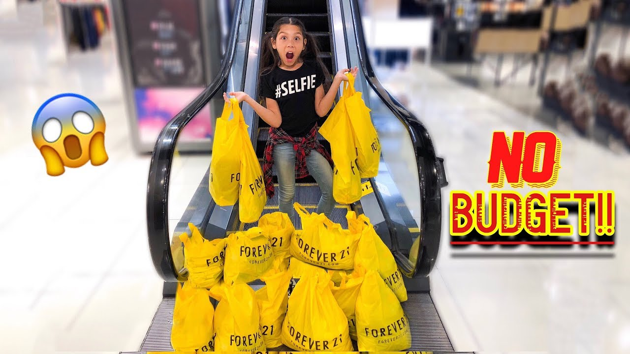 txunamy-s-first-shopping-spree-no-budget-familia-diamond