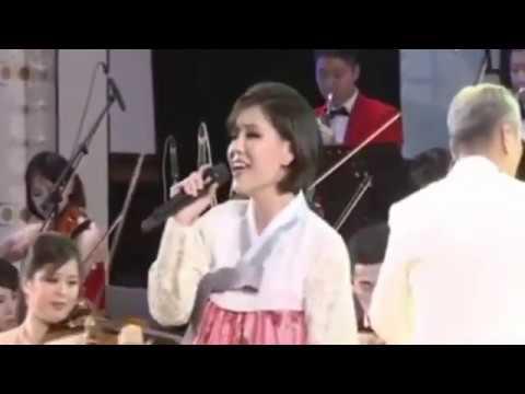 Moranbong Band - New World 새 세계  新的天地  [Kim Yu Kyong Version 1]