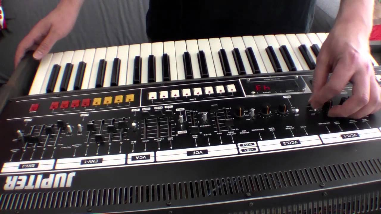 Jupiter 8 cloned - but 4 voices at 800€ (DIY) - Sequencer