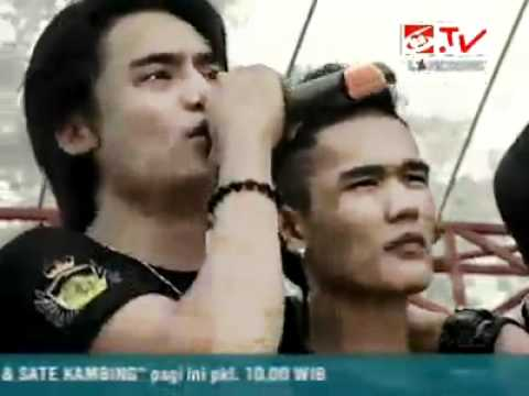 Flexter Band - Karna Cinta Regina feet Flexter Band -Charly ST12.mp4