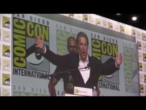 Kyle Maclachlan says HELLO  Comic Con 2017