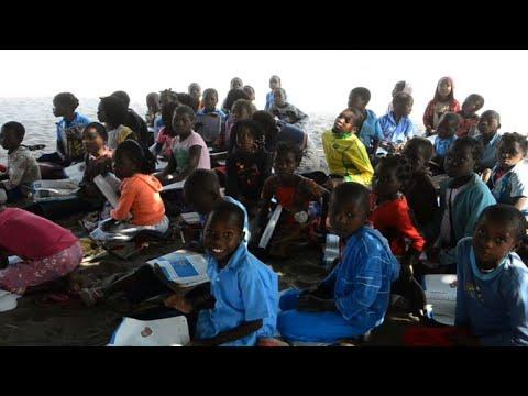 تحديات تعترض طريق التعليم باللغات المحلية في موزمبيق