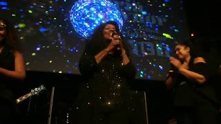 GLORIA GAYNOR & BACKING VOCALISTS - TRIBUTE TO DONNA SUMMER LIVE July 29, 2019