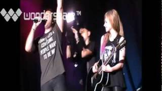 Avril Lavigne - Pumped up kicks (Avril Lavigne Black Star Tour Live In Malaysia 2012)