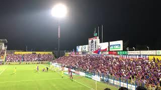 ゴール後東京サポは喜んでいたものの、中村選手が倒れていた為コウスケ...