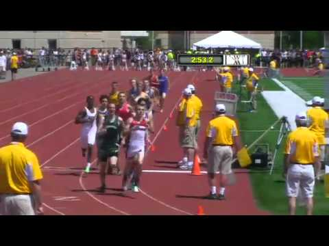 Brookfield Central High School sets new WIAA D1 record for boys 4x800 meter relay