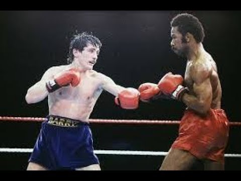 Barry McGuigan vs Eusebio Pedroza (Highlights)