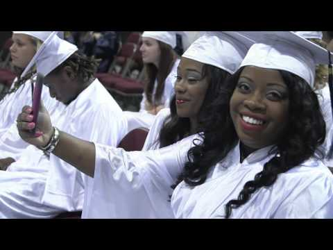 Penn Foster Students Graduate from High School Diploma Program at Blue Cliff College