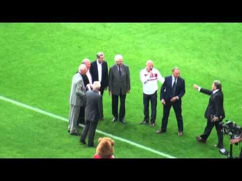 Franz Beckenbauer 65. Geburtstag im Stadion, FC Bayern gegen Werder