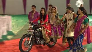 INDIAN WEDDING BEST BRIDE ENTRY ON ROYAL ENFIELD thumbnail