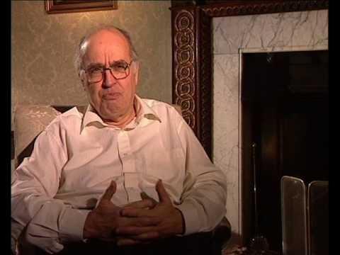 Michael Atiyah - Analysis with Singer (45/93)