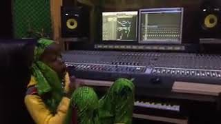 Download Video In the studio Fresh kid..  The youngest raper in Uganda says John black asked him for a collabo and MP3 3GP MP4