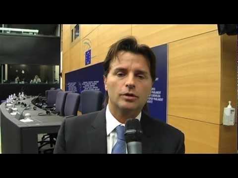 On. Motti sui diritti degli animali (19.04.2012)