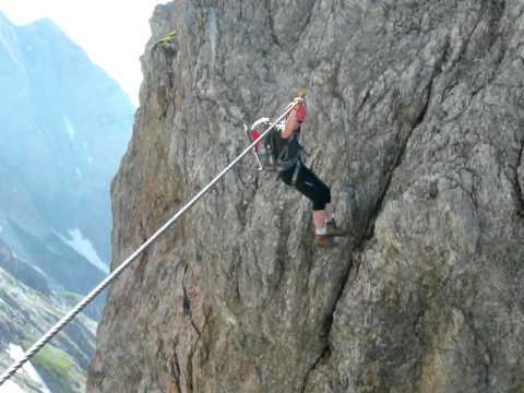 Klettersteig Königsjodler : Stephan am königsjodler klettersteig youtube
