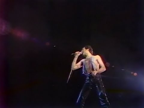 7. Keep Yourself Alive - Queen Live in Tokyo 1979