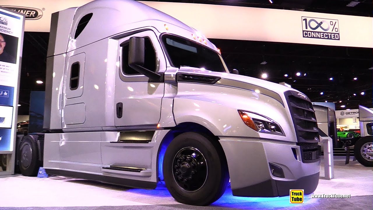2018 Freighliner Cascadia 126 Bbc 72 Inch Raised Roof