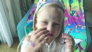 Алиса показывает Новые ИГРУШКИ!!! Котёнок Снежок
